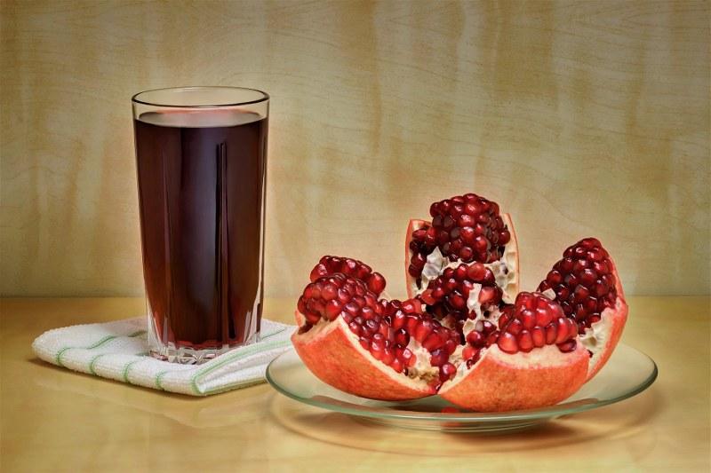 Come fare un succo di melograno e come conservarlo